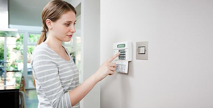 Tema antifurto e sicurezza fai da te e assistenza professionale possono coesistere ma - Allarme casa fai da te ...